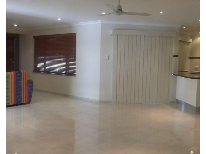 5 Cockatoo Court, Apple Tree Creek QLD 4660