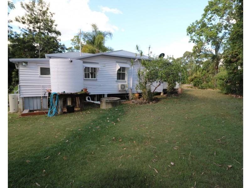 18-20 Emmitt Ct, Apple Tree Creek QLD 4660