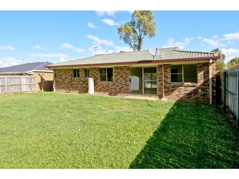 32 Dowling Crescent, Eagleby QLD 4207