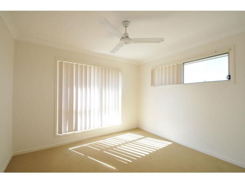 1/1 Sueinnes Street, Eagleby QLD 4207