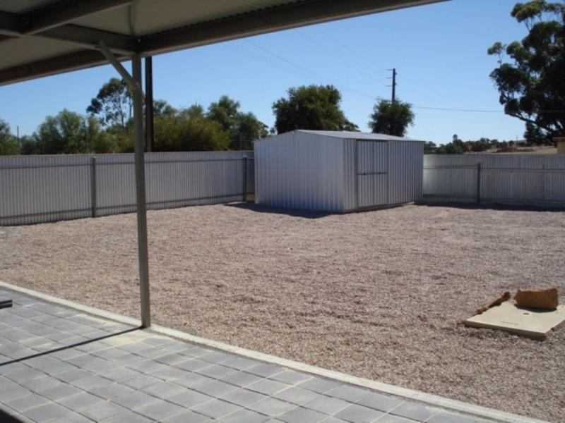28 Houghton Street, Jamestown SA 5491