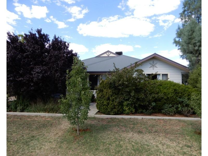 11 Kinnane Street, Jamestown SA 5491