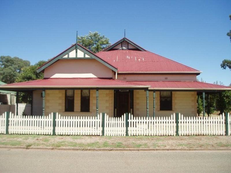 28 Clifton Road, Jamestown SA 5491