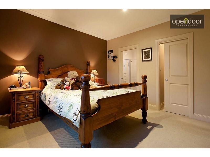 11/8 Cinnamon Way, Aberfoyle Park SA 5159