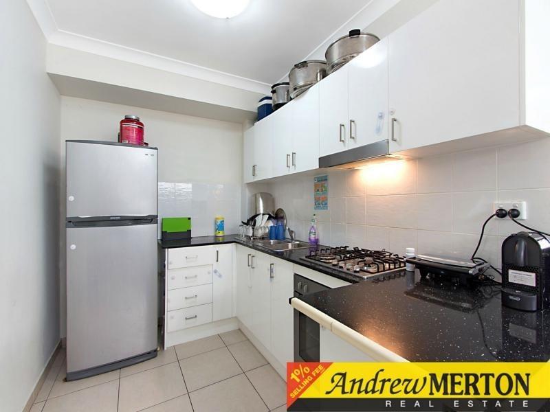 2/159 Wellington Road, Sefton NSW 2162