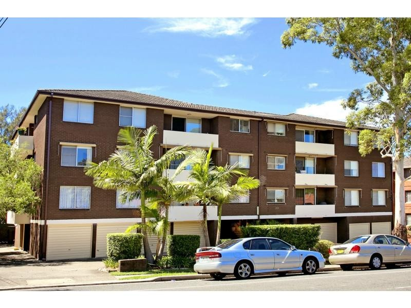 2/8-10 Adelaide Street, West Ryde NSW 2114