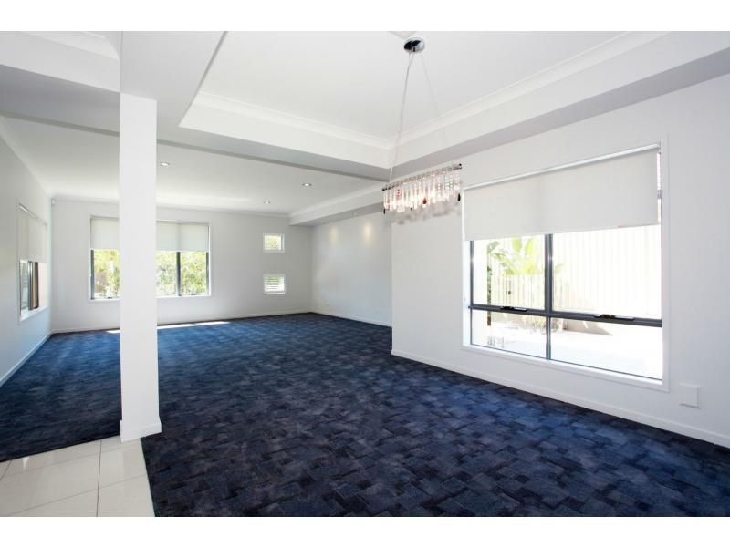 4 Freya Court, Newport QLD 4020