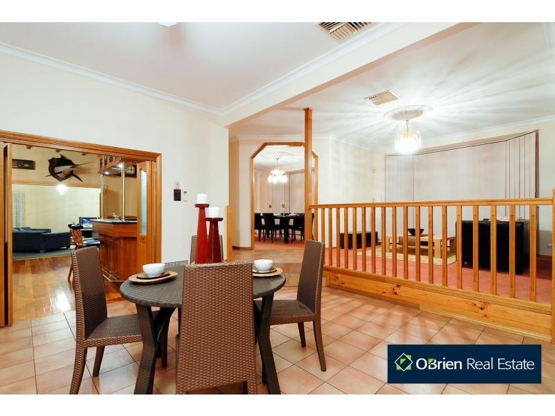 33-35 Fontaine Terrace, Narre Warren North VIC 3804