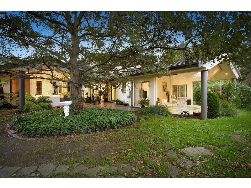 210 Kenilworth Avenue, Beaconsfield VIC 3807