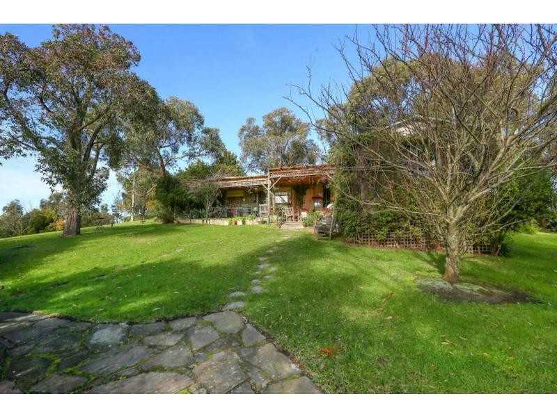 214 O'Neil Road, Beaconsfield VIC 3807