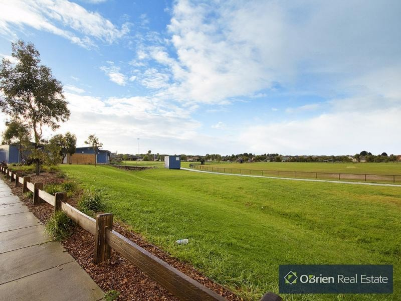 L8 Gossamer Way, Werona Waters, Narre Warren South VIC 3805