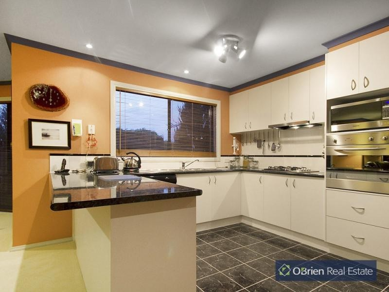 25 Orchid Street, Narre Warren South VIC 3805