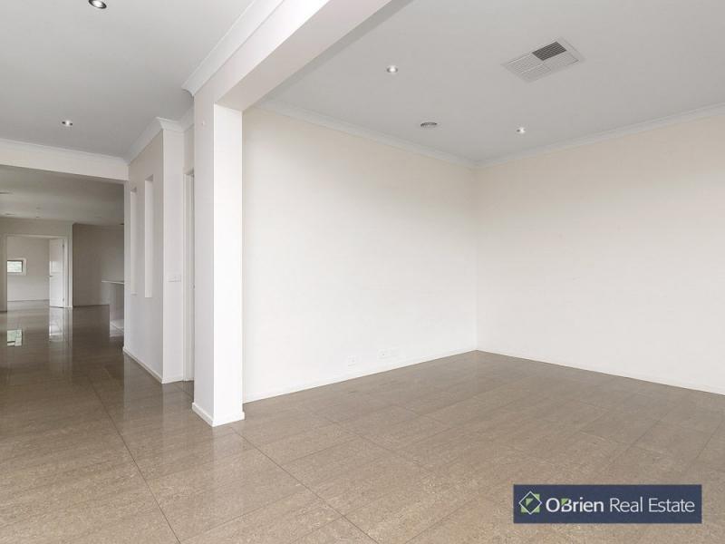5 Castellana Court, Narre Warren South VIC 3805