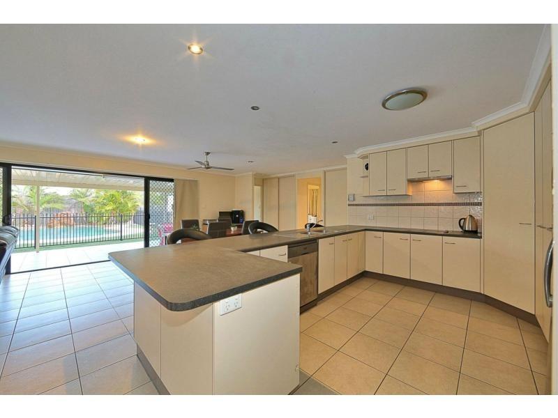 16 Foster Drive, Bundaberg North QLD 4670