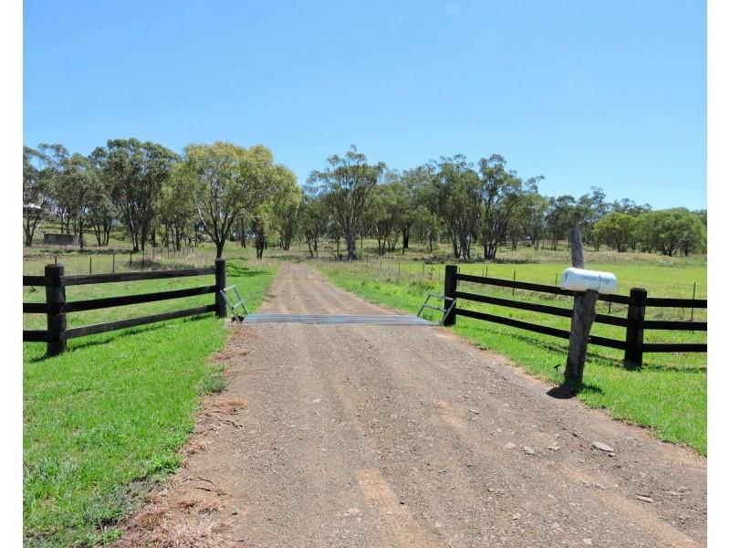 9 Holzwarts Road St, Allora QLD 4362