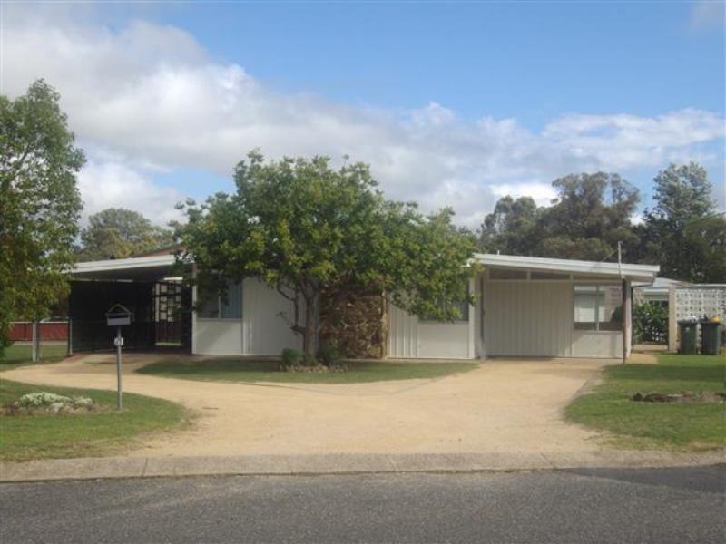 61 Weewondilla Road, Warwick QLD 4370