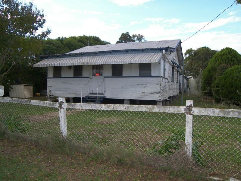 171 Victoria Street, Warwick QLD 4370