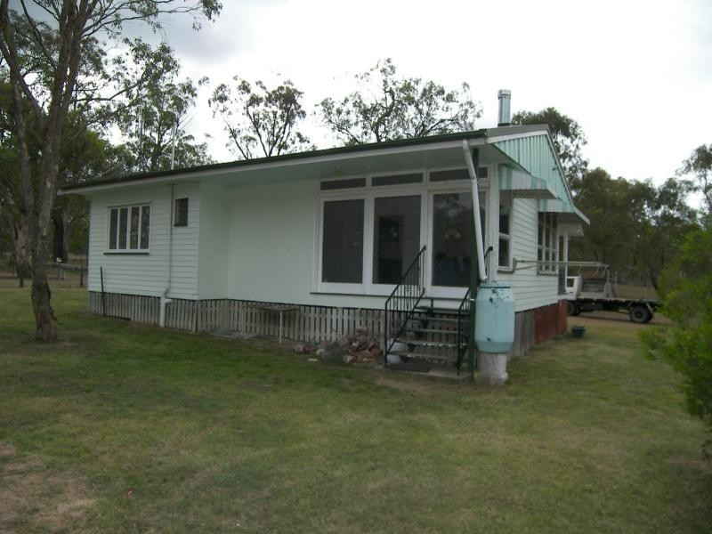 62 Elliott Street, Pratten QLD 4370