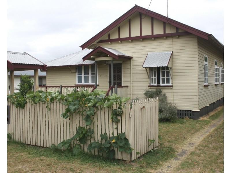 79 Pratten St, Warwick QLD 4370