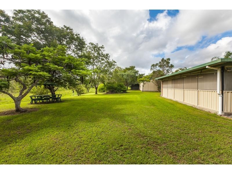 83 Nerimbera School Road, Nerimbera QLD 4701