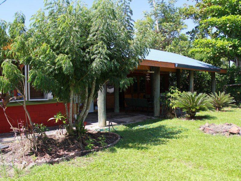 4 Mor-gan-o Street, Bingil Bay QLD 4852