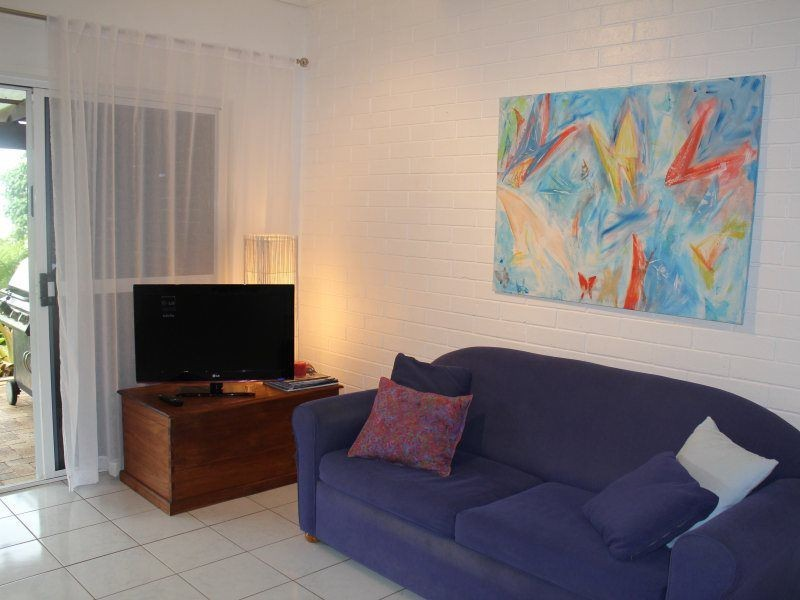 30 Cutten Street, Bingil Bay QLD 4852