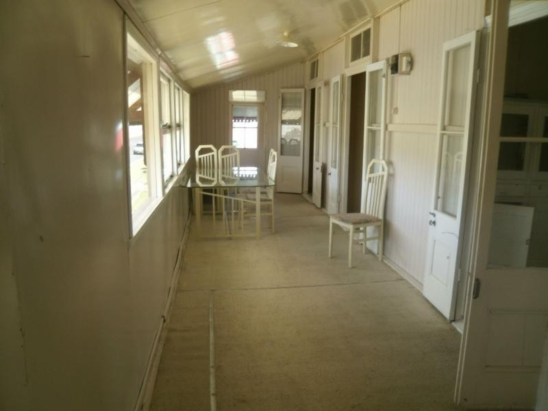 Unit 2/17 King Street, Warwick QLD 4370