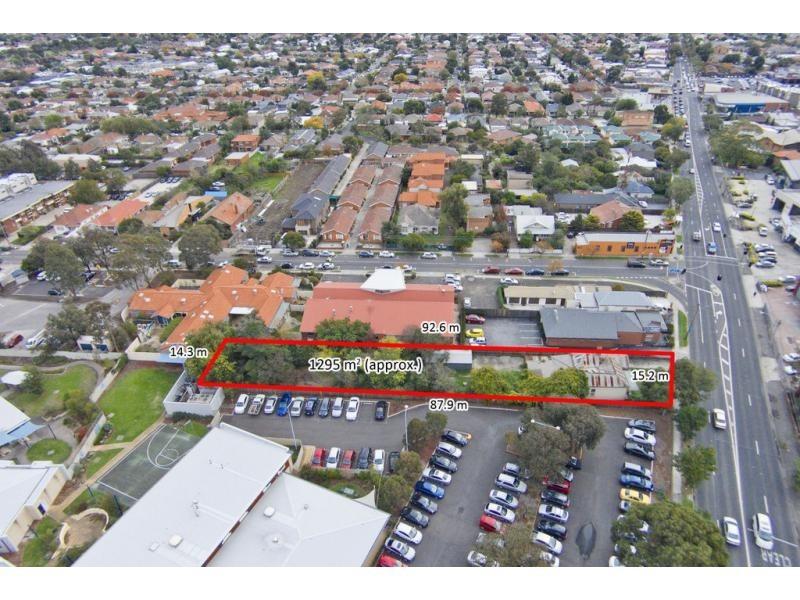 247 Ballarat Road, Footscray VIC 3011