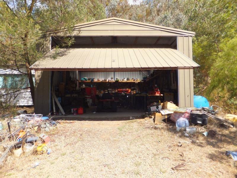 16 Miners Way, Swifts Creek VIC 3896