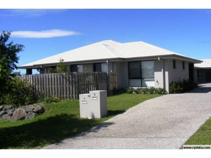10 Carmen Court, Oxenford QLD 4210