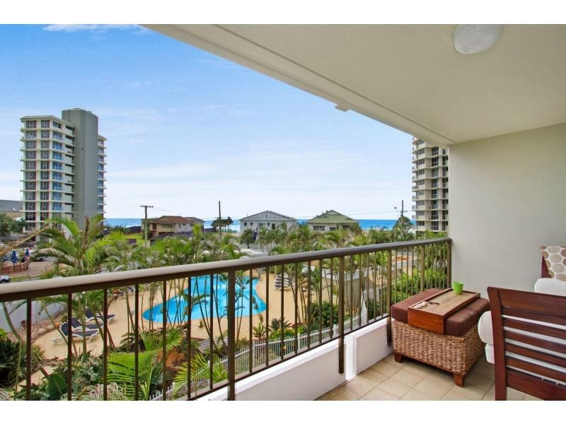 10/3554 Main Beach Parade, Main Beach QLD 4217