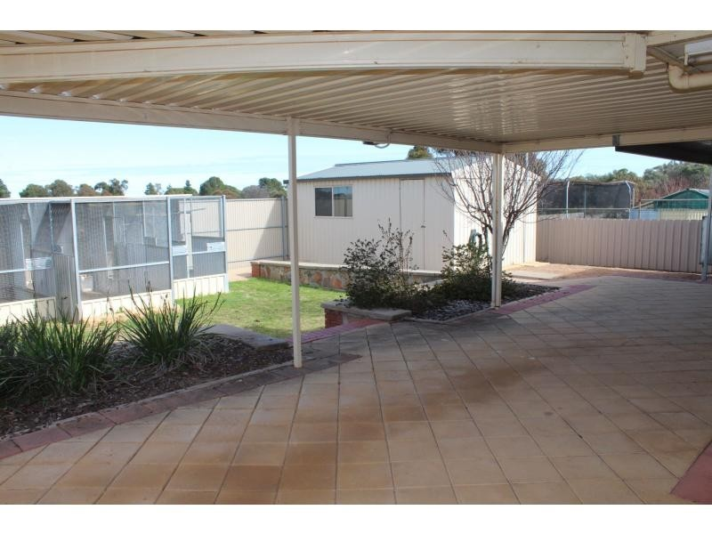 12 Eyre Rd Extension, Crystal Brook SA 5523