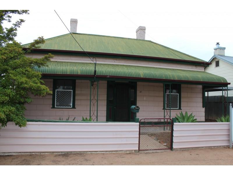 41 Three Chain Road, Port Pirie SA 5540