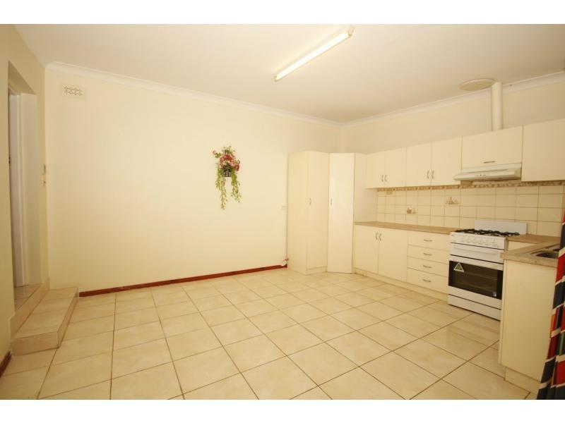 12 Deane Street, Salisbury North SA 5108
