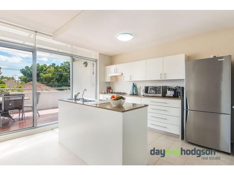 2/104-106 Wollongong Road, Arncliffe NSW 2205