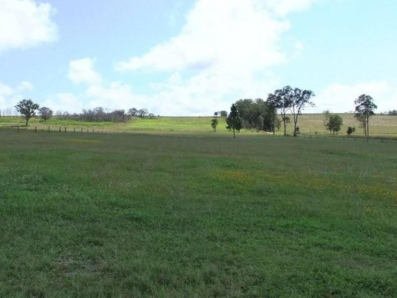 6 Jones Road East, Mungar QLD 4650
