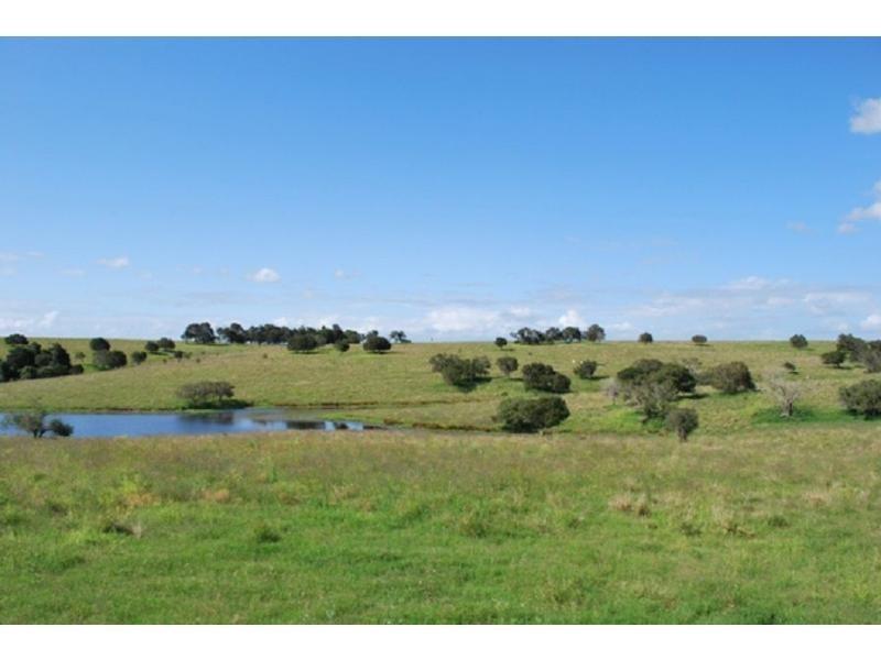 2406 Warrego Highway, Haigslea QLD 4306