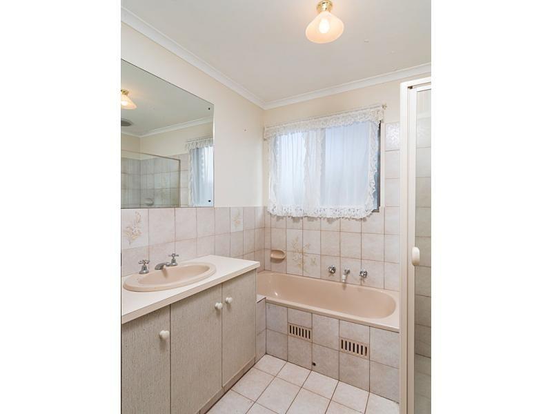 28 Avenue Road, Strathalbyn SA 5255