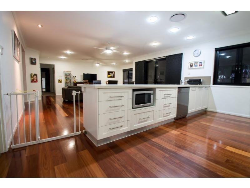 14 Walker Street East, Warwick QLD 4370