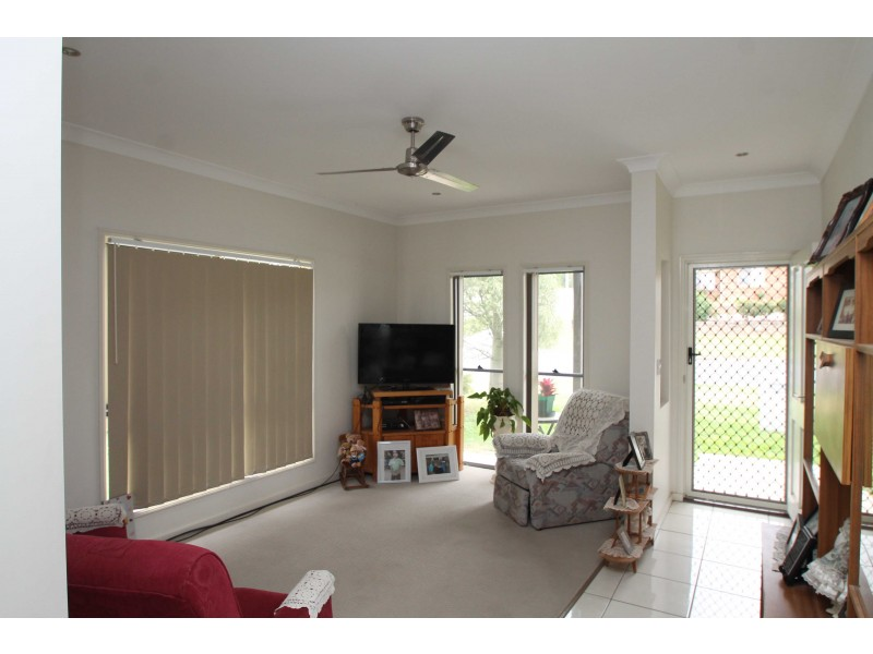 1 & 2/140 Dragon St, Warwick QLD 4370