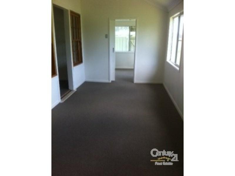 4 Dunning Street, Alpha QLD 4724