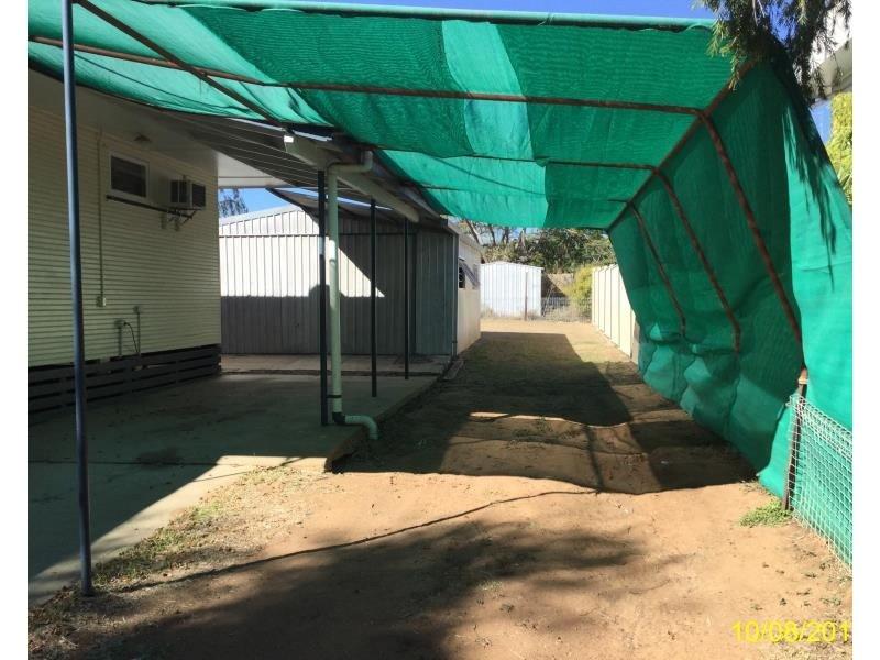 20 Talbot Street, Blackwater QLD 4717