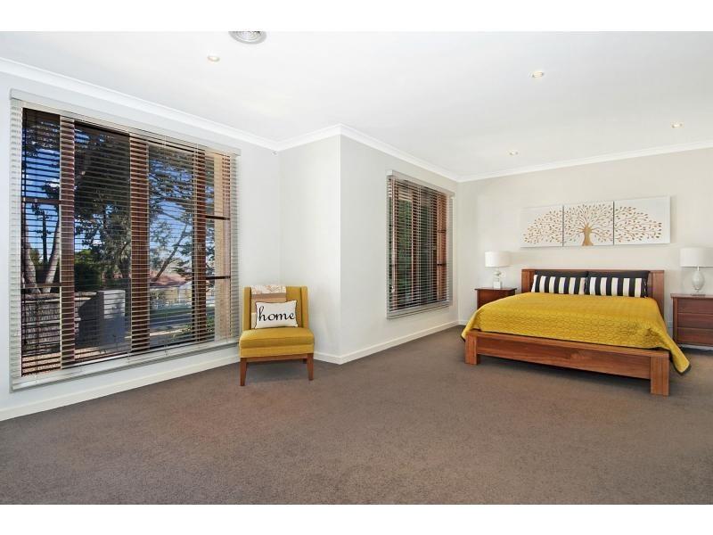 15 Wimbledon Avenue, Mount Eliza VIC 3930
