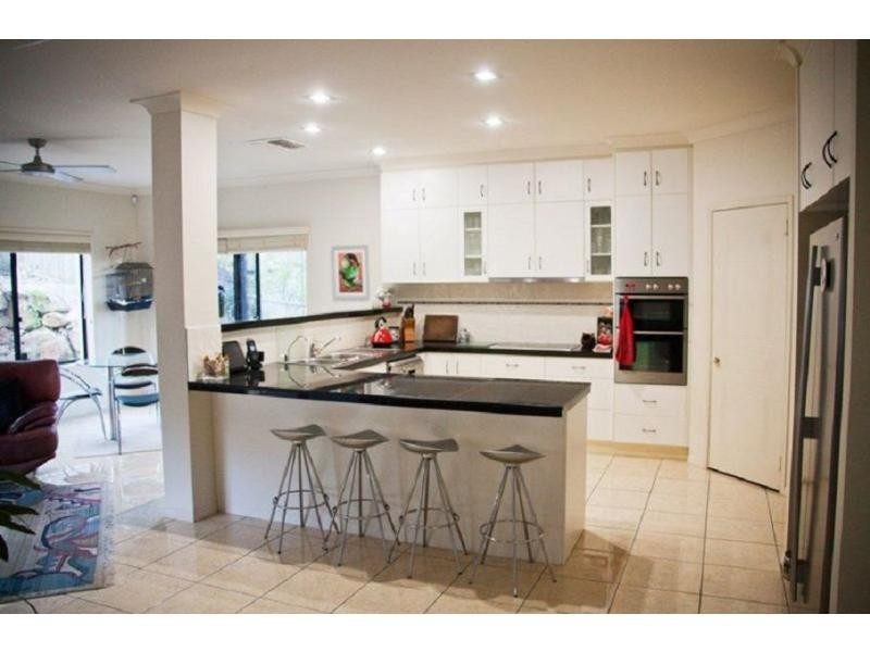 73 Armstrong Way, Highland Park QLD 4211