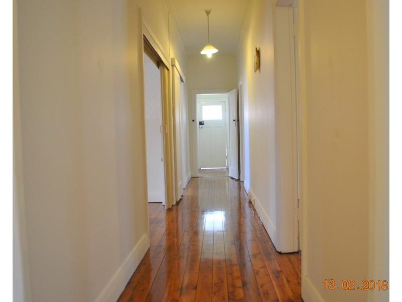 92 Queen St, Ashfield NSW 2131