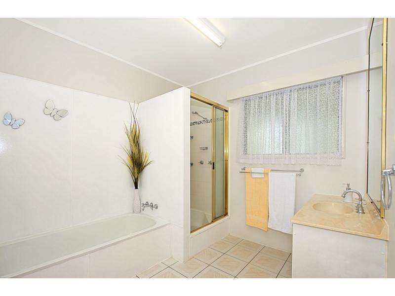 15 Adams Street, Heatley QLD 4814