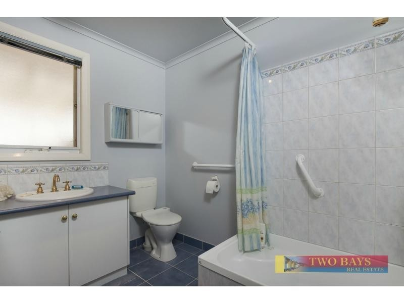 1/5 Betty Avenue, Mount Eliza VIC 3930