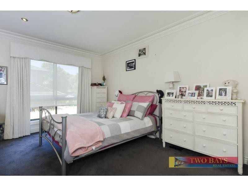 14 Rannoch Avenue, Mount Eliza VIC 3930