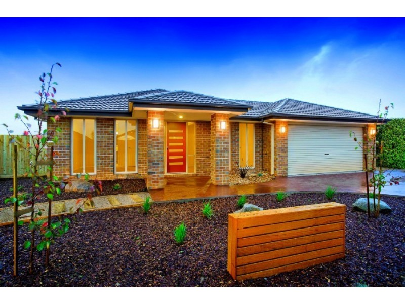 3 Appleporch Way, Drouin VIC 3818
