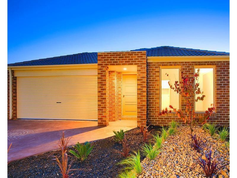 LOT 2122 CLYDEVALE STREET, Clyde North VIC 3978